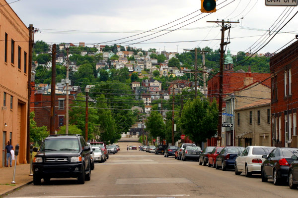 urban hike pittsburgh organizes group hiking routes through the streets and neighborhoods of pittsburgh pennsylvania