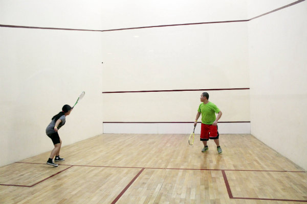there are several racquetball clubs and squash courts in pittsburgh pennsylvania