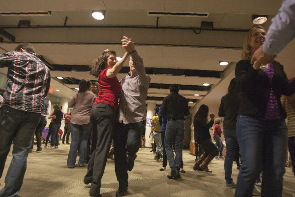 salsa dancing groups meet at various locations throughout pittsburgh pennsylvania