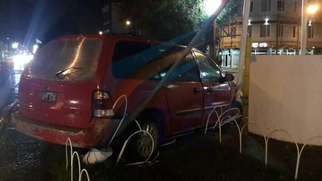 auto abandonado croata1