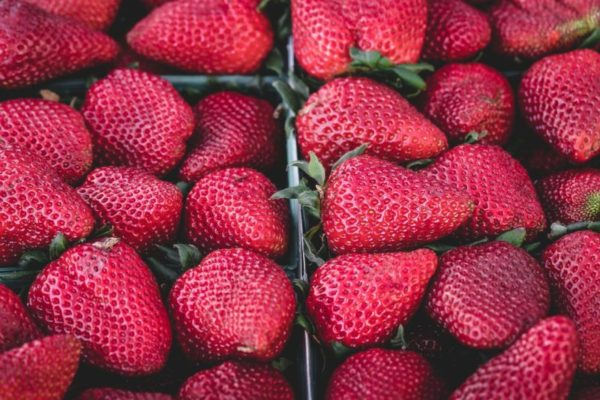 strawberries-1326148_1280