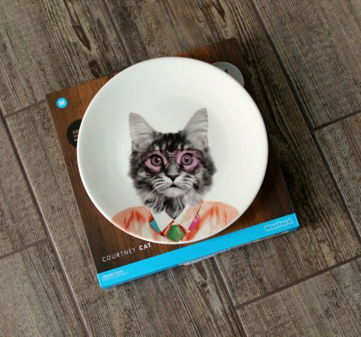 red candy cat plate
