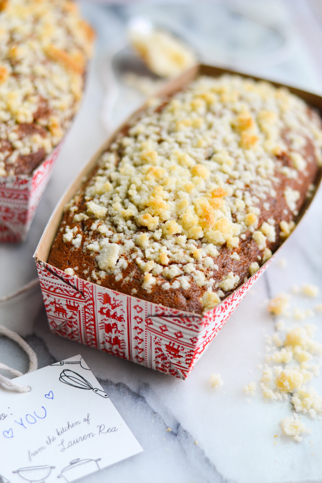 Moist spiced bread with a sweet, buttery crumble topping!