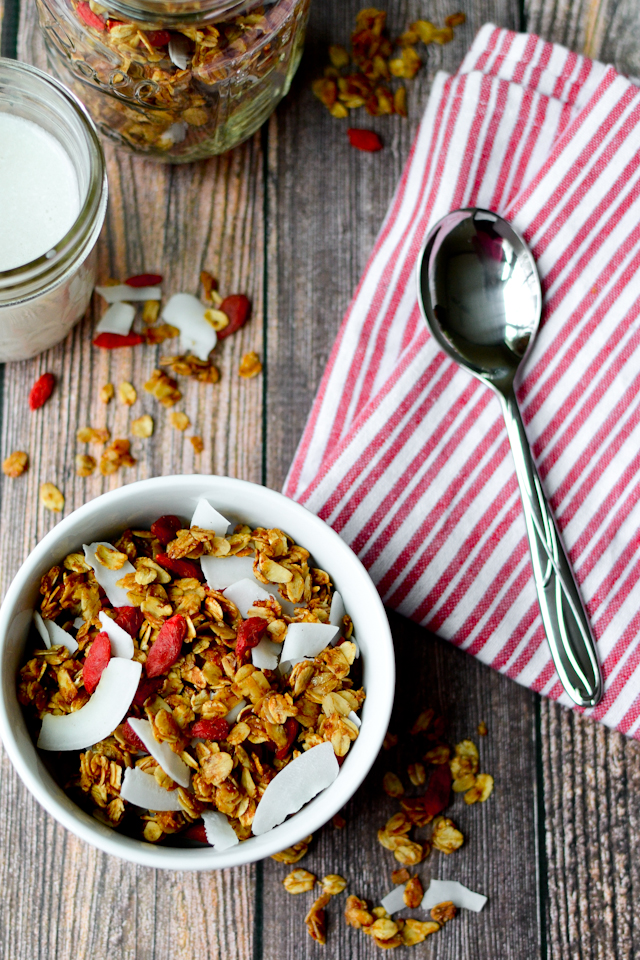 An easy superfood packed granola recipe!