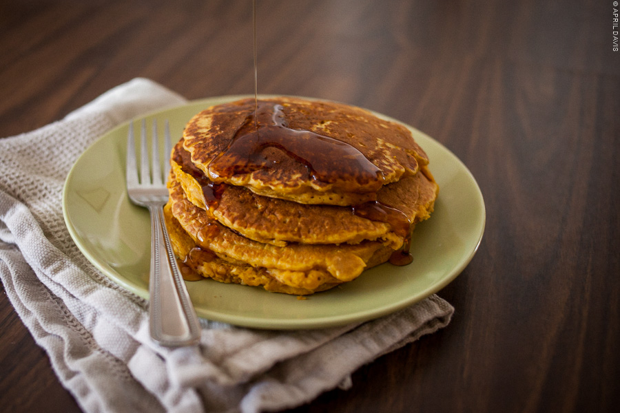 PUMPKIN OATMEAL PANCAKES PERFECT FALL BREAKFAST