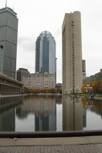 The Christian Science reflecting pool in Boston is a great place for a romantic walk.