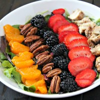 Strawberry & Chicken Salad with a Glucerna® Hunger Smart™ Shakes