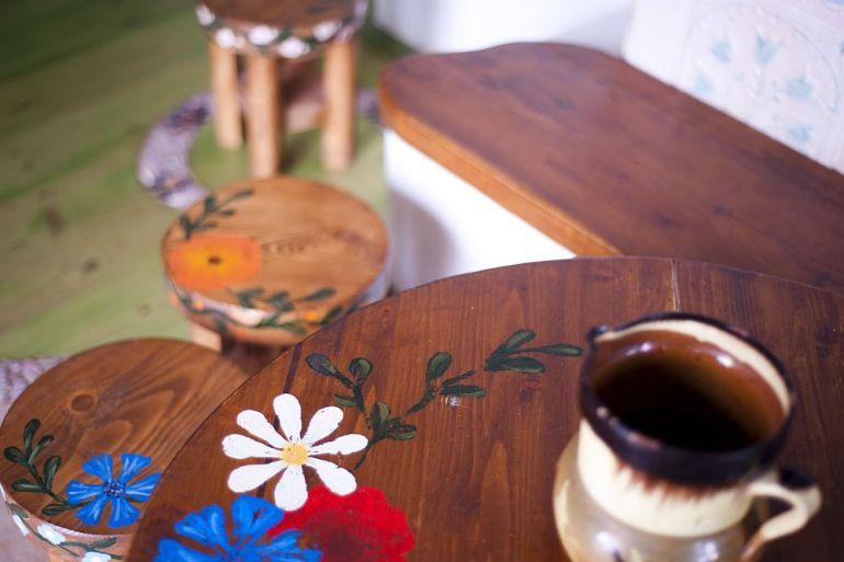 adelaparvu.com despre casa din chirpici la Ciolpani, Poiana Florilor, designer Elena Vasiliu arh. Raluca Suru, Foto Dragos Boldea (19)