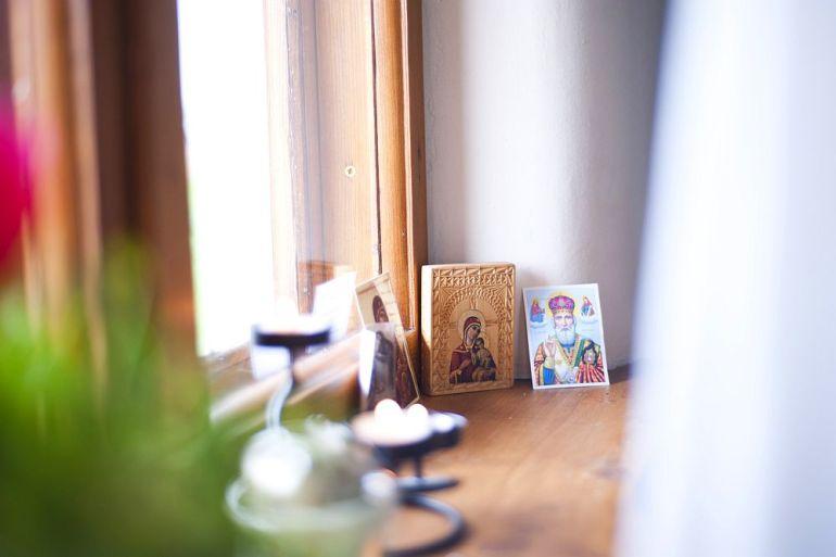 adelaparvu.com despre casa din chirpici la Ciolpani, Poiana Florilor, designer Elena Vasiliu arh. Raluca Suru, Foto Dragos Boldea (7)