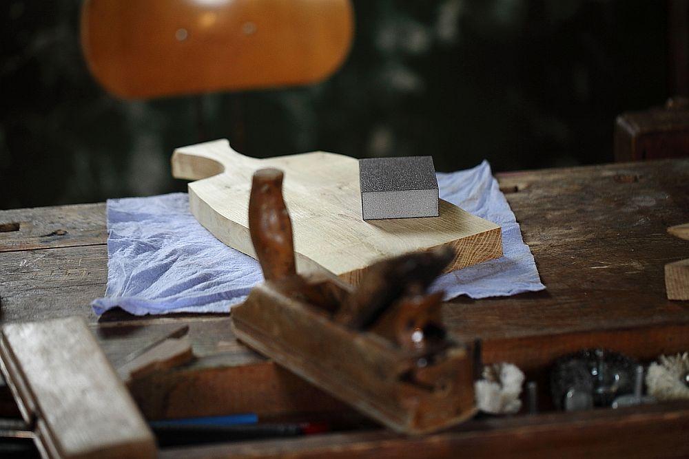 adelaparvu.com despre farfurii, boluri lemn, sfesnice lemn, sculpturi lemn, design Love Things, artist Florin Constantinescu (42)