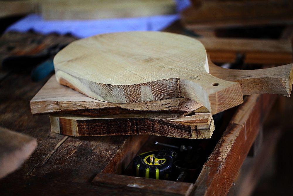 adelaparvu.com despre farfurii, boluri lemn, sfesnice lemn, sculpturi lemn, design Love Things, artist Florin Constantinescu (48)