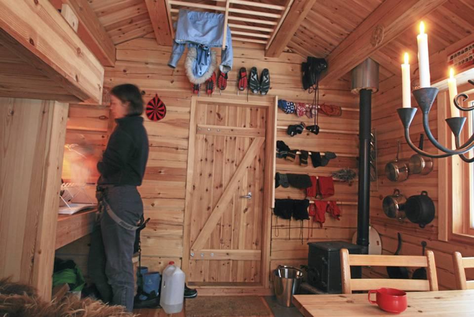 adelaparvu.com despre casa mica de vacanta, 11 mp, arhitectura Bendik Manum si arh Annelise Bjerkan, Foto Bendik Manum (5)