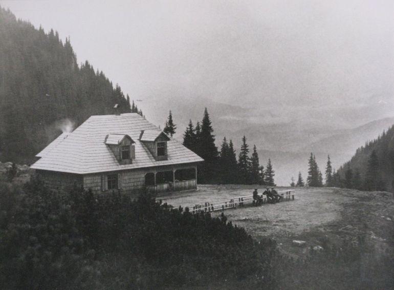 Copyright Alpin Photo Festival 2016, Predeal, Cabana SKV Malaiesti III, 1924