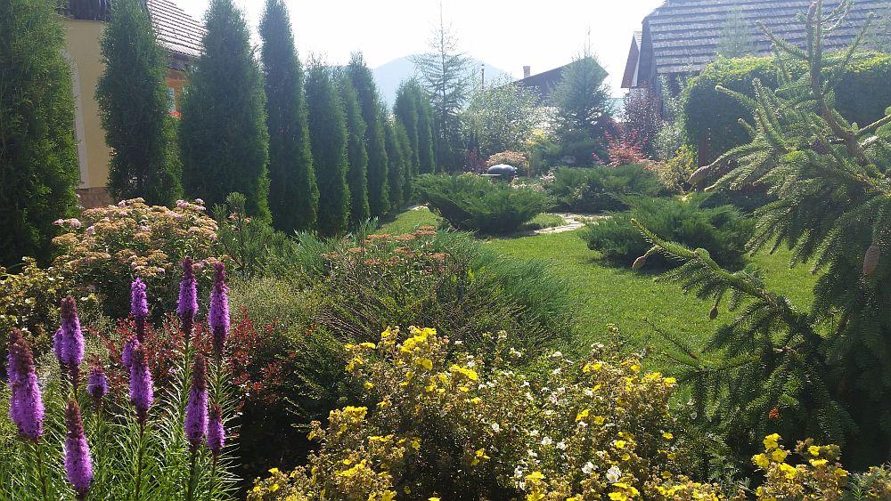 adelaparvu.com despre gradina in Bucovina, design Garden Green Campulung Moldovenesc, Foto Adela Parvu (10)