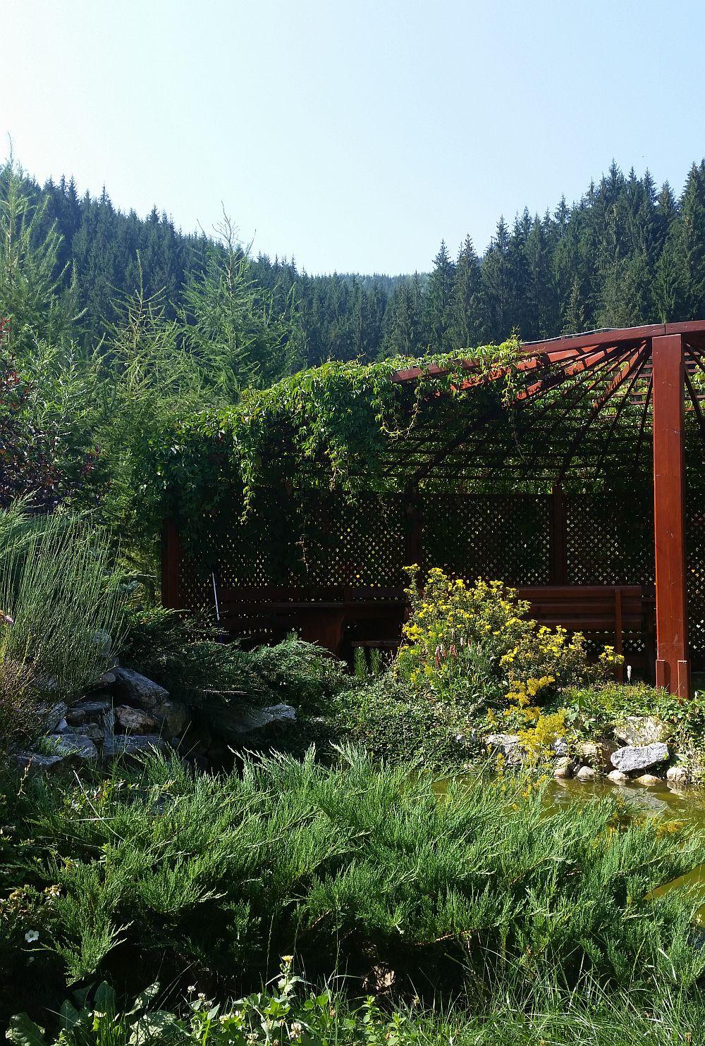 adelaparvu.com despre gradina in Bucovina, design Garden Green Campulung Moldovenesc, Foto Adela Parvu (25)