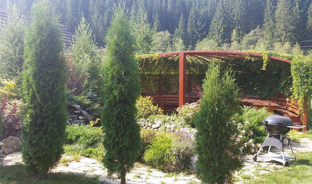 adelaparvu.com despre gradina in Bucovina, design Garden Green Campulung Moldovenesc, Foto Adela Parvu (34)