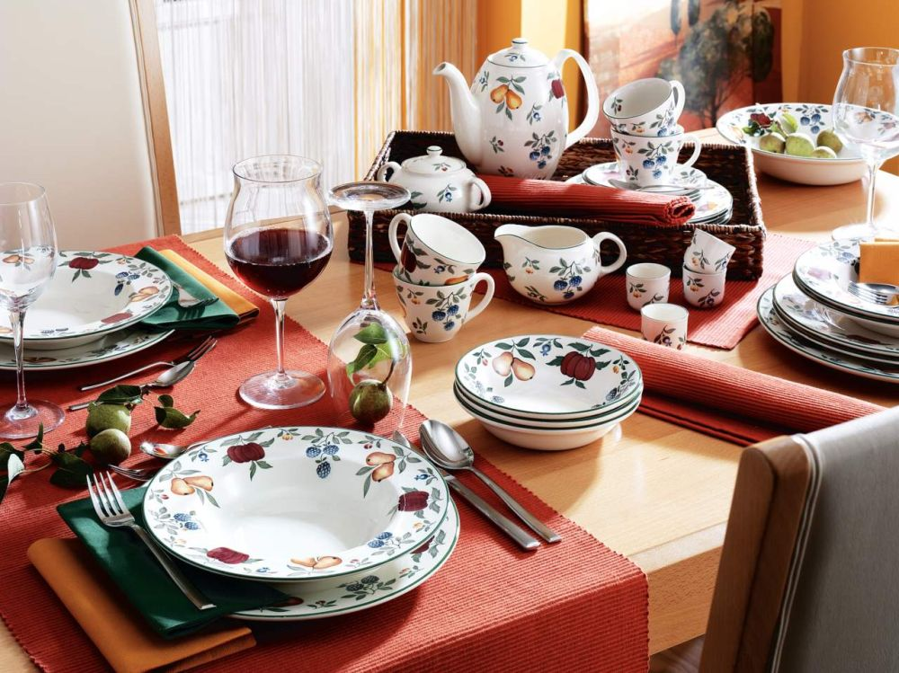 Gama pentru masă Toscana vezi preț AICI, AICI și AICI