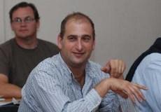 ROCA 19/03/12: CON LA ASISTENCIA EL DIRECTOR DE BOSQUES JAVIER GROSFE