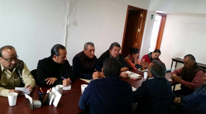 Por desacuerdo entre comerciantes de Mercado Benito Juárez,podrían perderse recursos para rehabilitación (19:55 h)