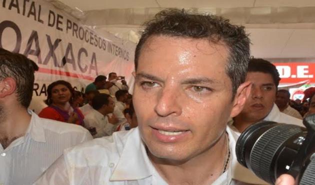 El Zumbido del Moscardón: Alejandro Leyva Aguilar
