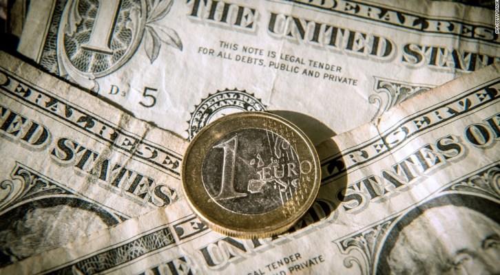 Dólar abre en $18.78 pesos y euro en $21.85 pesos (11:02 h)