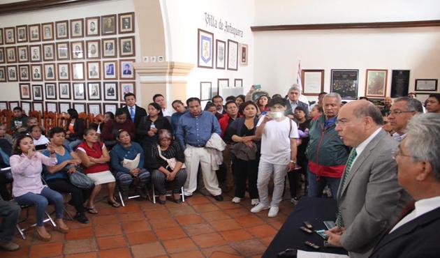 En riesgo remodelación del mercado Benito Juárez (13:10 h)