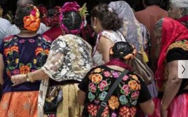 Denuncian a marca de ropa argentina de plagiar diseños zapotecas (21:03 h)