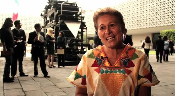 En Jamiltepec, un sujeto asesinó a hermano de la ex diputada federal perredista Elizabeth Guzmán Díaz (13:00 h)