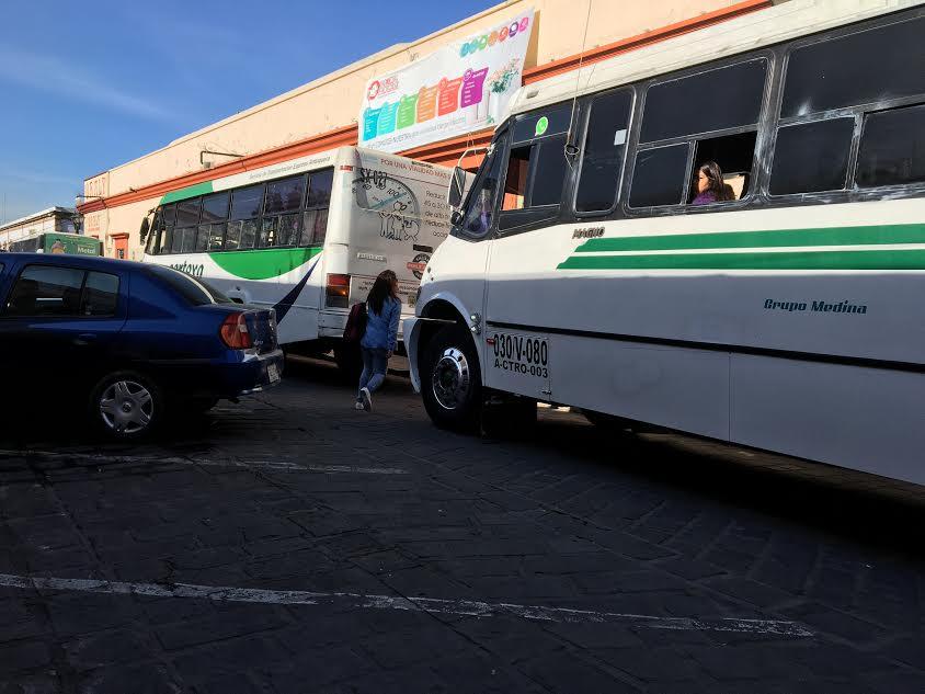 Retiran puestos del Zócalo de Oaxaca