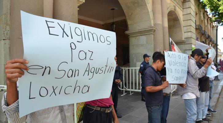 Denuncia candidato a la presidencia de San Agustín Loxicha, atentado en su contra (12:50 h)