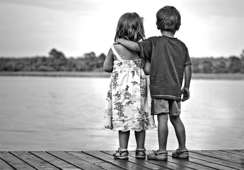 Relațiile sănătoase își au rădăcinile în copilărie