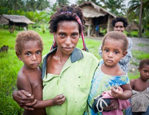 Adriel Booker Love A Mama Community PNG maternal health-11