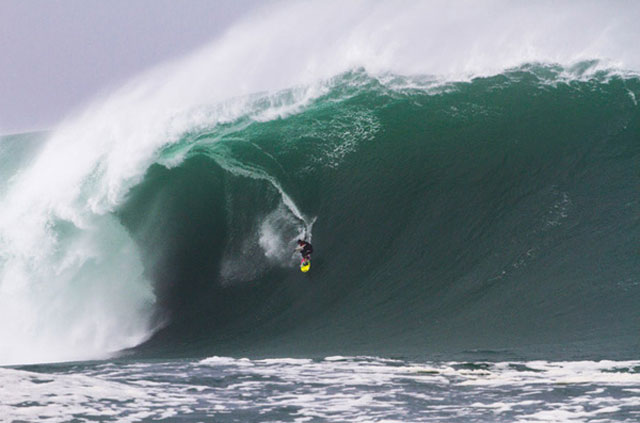 mullaghmore-surfing
