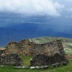 La historia del Perú abarca de manera continua más de 13 milenios de ocupación humana.