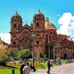 plaza-armas-cusco-turismo-peru2