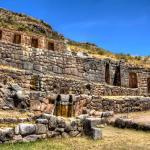 Laqo, Lanlakuyoq y Cusilluchayoq, ubicados a 5 Kilómetros al este de Cusco,