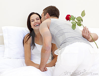 advice.lovedetour.com Womens Dating Tips: 5 Ways To Know If Your Man Loves You Romance image