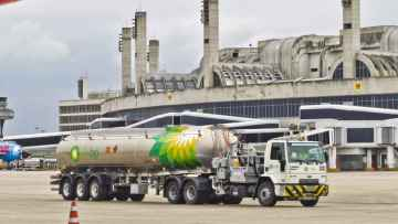 Air BP achieves carbon neutral status across 250 airport operations