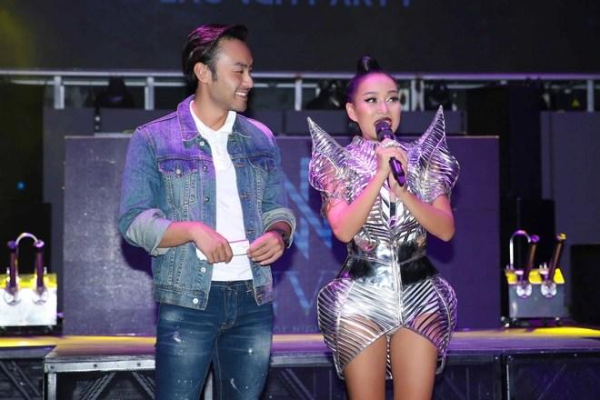 Mẹ đơn thân Thảo Trang: Tôi cố gắng đi hát để kiếm tiền nuôi con - Ảnh 8.