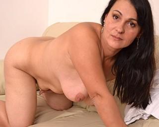 mature eu nl housewife