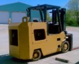 30,000lbs. Elwell Parker Solid-Tired Forklift 2