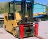 30,000lbs. Elwell Parker Solid-Tired Forklift 4