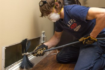 our-process-residential-air-duct-cleaning-2-power-brushing