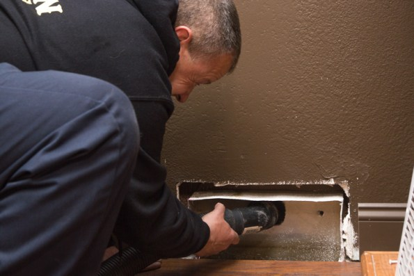 our-process-residential-air-duct-cleaning-4-vent-vacuum