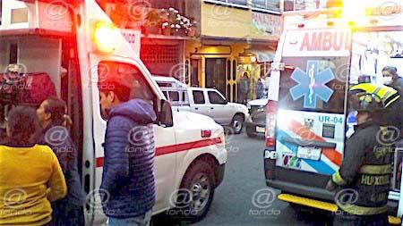 Tres bomberos y un civil resultan heridos por explosión de tanque de gas en Huixquilucan