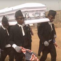 驚異の棺桶パフォーマンス!ガーナの葬式ではアゲアゲなリズムとダンスで故人を祝福!