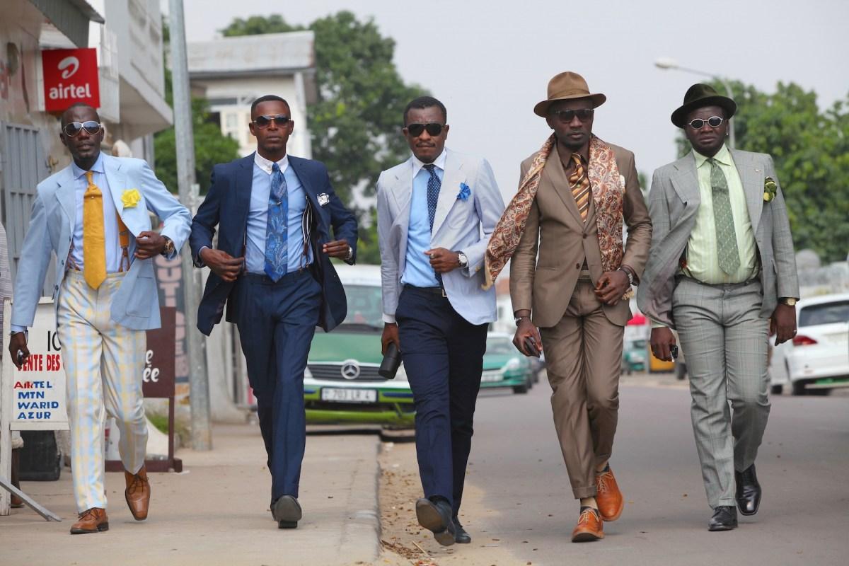 ファッションを通じて平和を!コンゴのオシャレ集団、サプール写真展が全国の大丸松坂屋で開催!