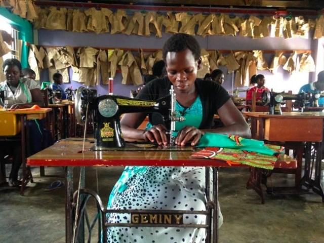 ウガンダ発ブランドRICCI EVERYDAY、テラ・ルネッサンスと協働で元子ども兵の自立支援をスタート!