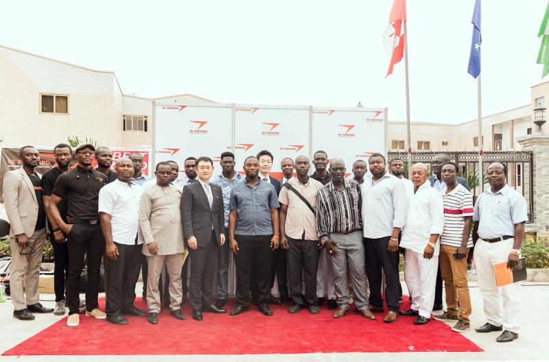 西アフリカ中古車市場を開拓へ!ビィ・フォアード、ガーナに初の公式エージェントオフィスを開設!