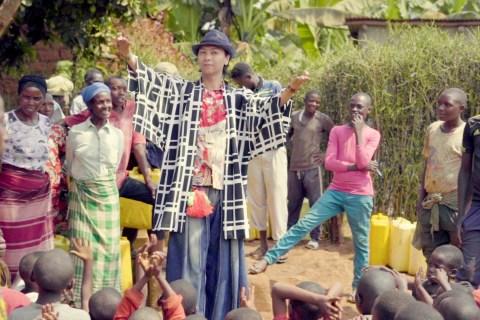 「川の流れのように」がアフリカの大地で甦る!BON for AFRICA、盆踊り音楽映像作品を公開!